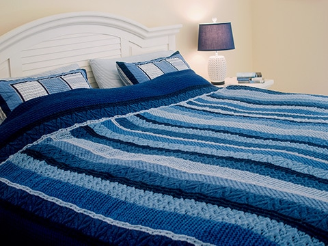 Ocean Currents Blanket Knitting Pattern by Wyndlestraw Designs - www.wyndlestrawdesigns.com
