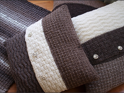 Rare Earth Cushions Knitting Pattern by Wyndlestraw Designs - www.wyndlestrawdesigns.com